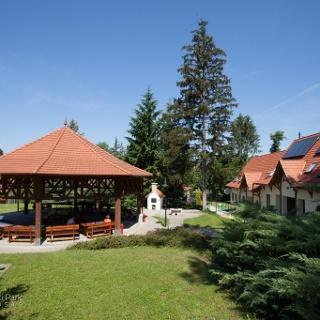 A Bábakalács Erdei Iskola