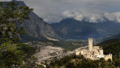 Drena Castle (in the background the Marocche area)