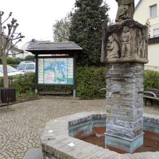 Brunnen in Longkamp