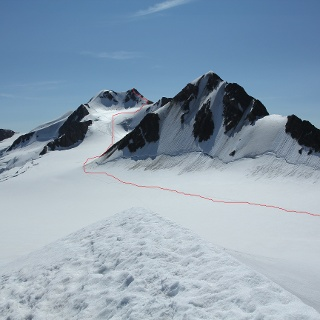 Anstiegsweg vom Brochkogeljoch zur Wildspitze (Ansicht von der Petersenspitze)