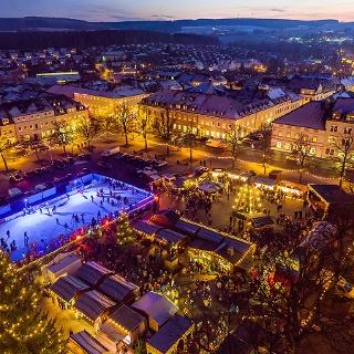 Marienberger Weihnachtsmarkt mit der EISARENA ERZGEBIRGE