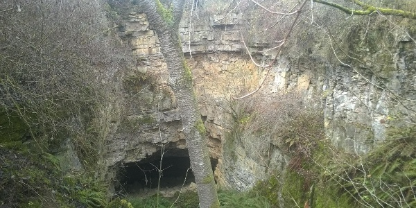 Abstieg zum Eisinger Loch