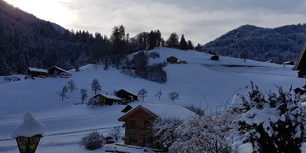 Aussicht vom Garten (mit Skiroute nach Tschagguns)