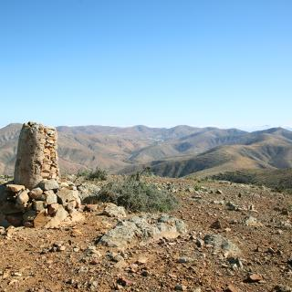 Von der Gran Montaña geht der Blick weit über das Bergland.