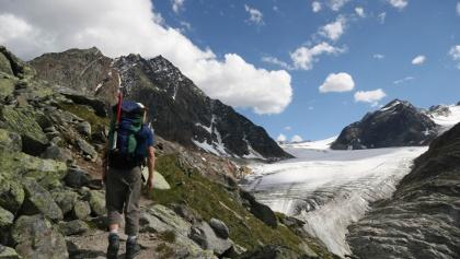 Hüttenzustieg mit Mittelbergferner