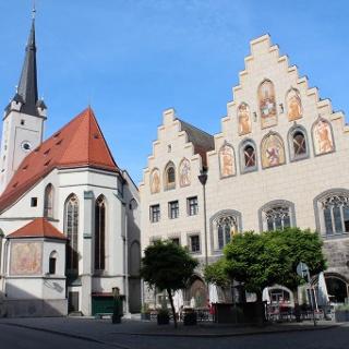 Rathausplatz und Frauenkirche Wasserburg