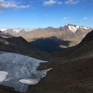 Blick vom Ramoljoch auf die Wildspitze