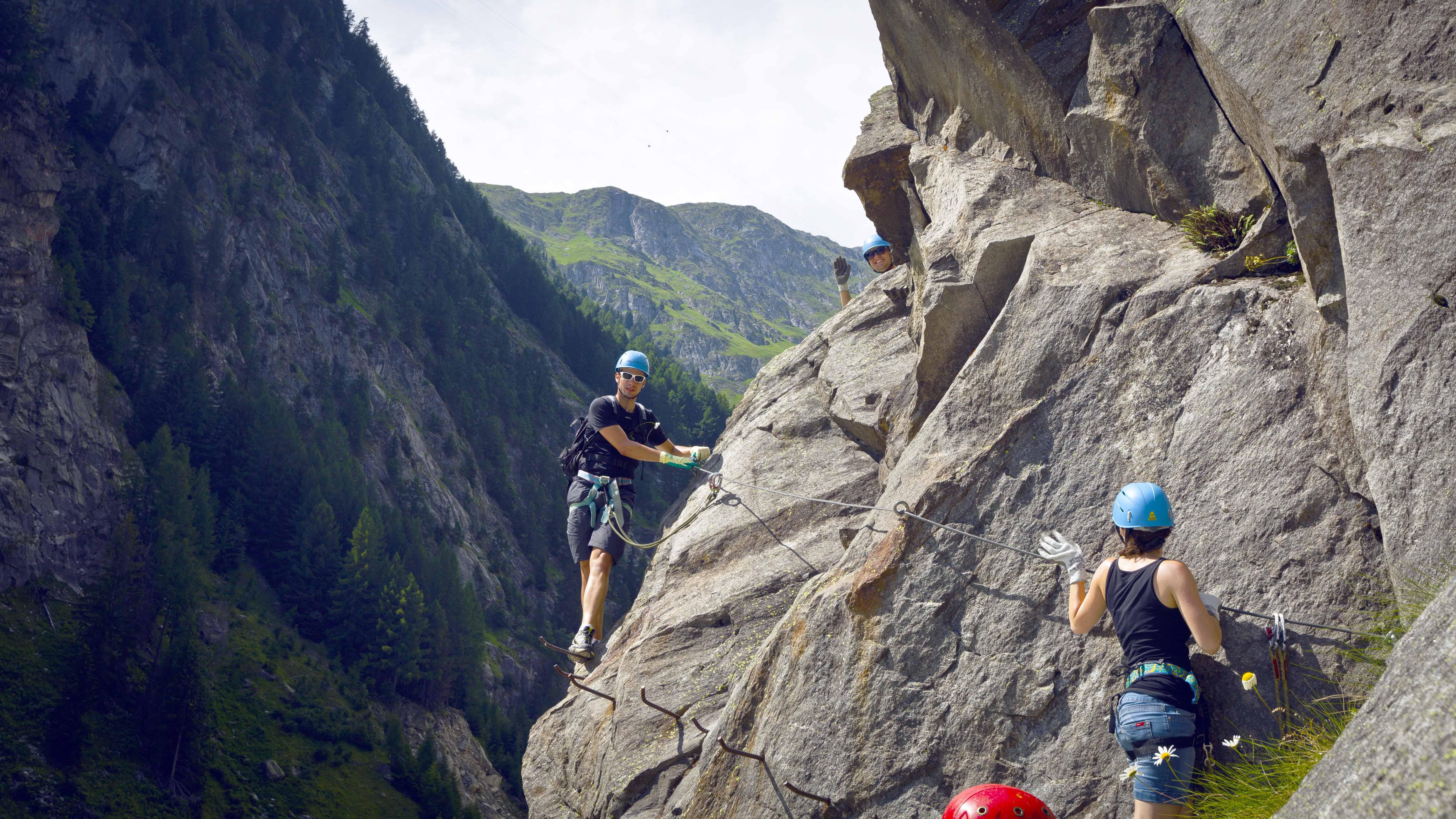 Klettersteig Eggishorn : Klettersteige im wallis: die 10 schönsten klettersteig touren in der