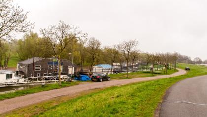 Typische niederländische Hausboote