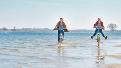 Strand im Fischerörtchen Freest
