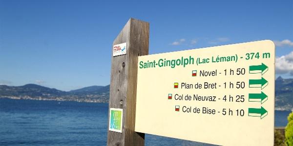 Französische Wegmarkierung in St-Gingolph.