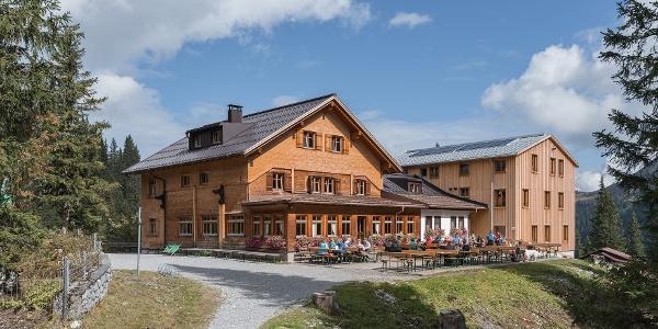 Terrasse der Lindauer Hütte