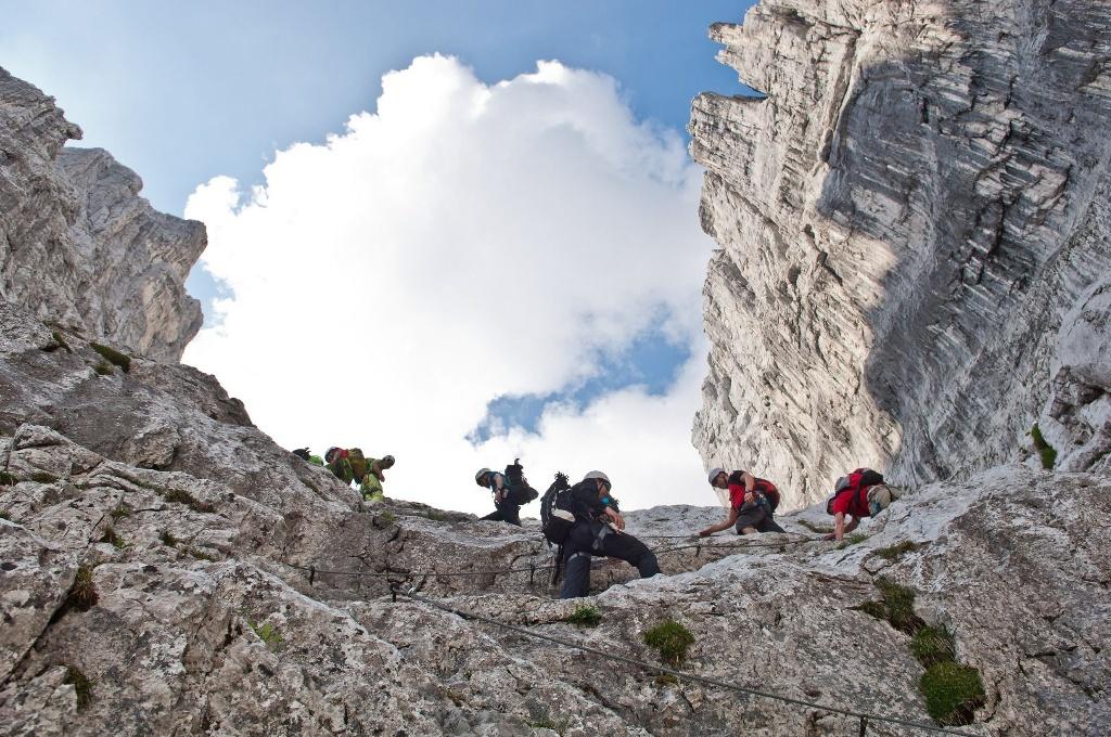 Klettersteig Ellmauer Halt : Kaiserkrone alternativroute durchschreitung ellmauer tor