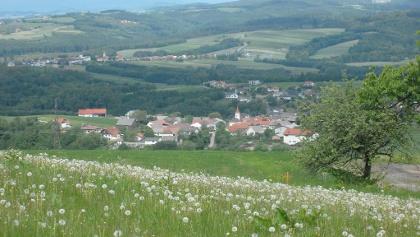 Ausblick vom Panoramablick Richtung Bernsteiner Gebirge