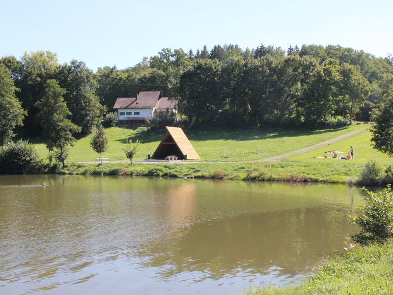 Grillplatz am Laubbach-Stausee   - © Quelle: Gemeinde Abtsgmünd