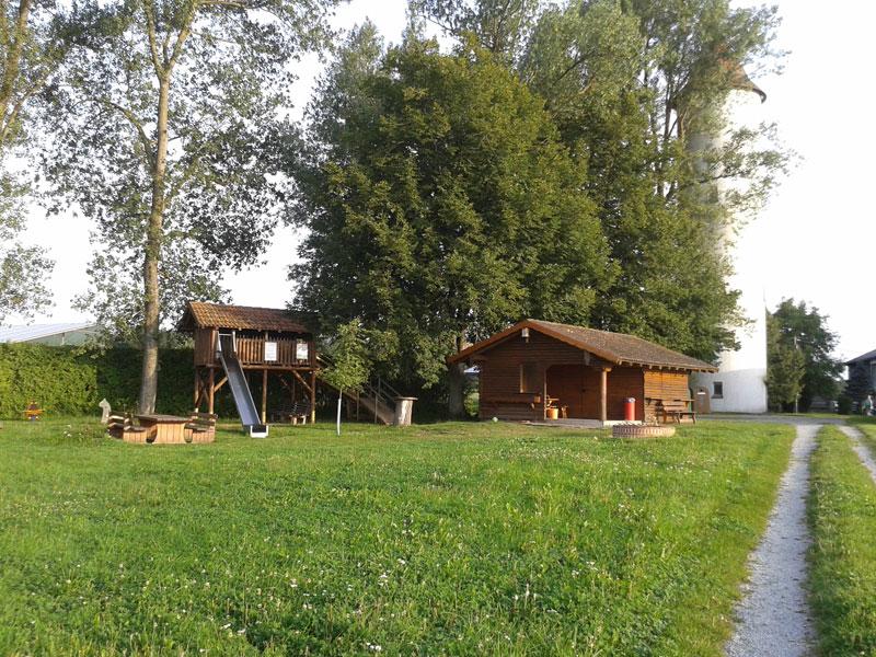 Grillstelle in Selgenstadt   - © Quelle: Gemeinde Kreßberg