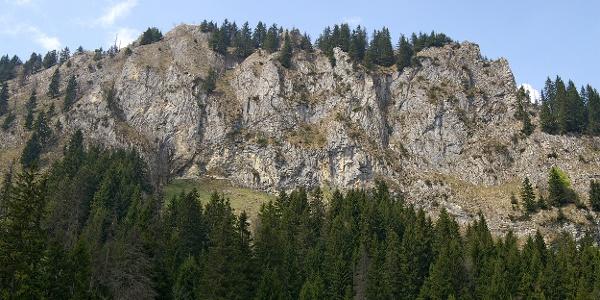 Felsen über dem Breccaschlund.