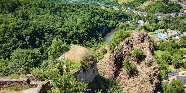 Blick von Ruine Rheingrafenstein auf Bad Münster
