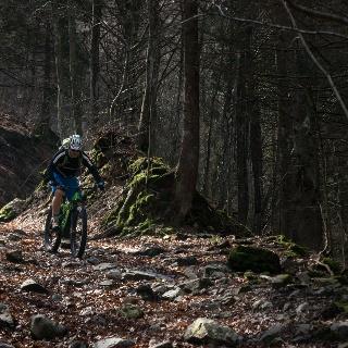 Thomas in Aktion beim Abstieg von Malga Grassi nach Campi