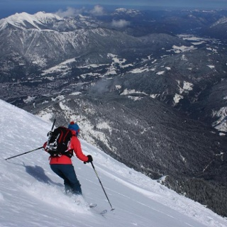 Abfahrt Gipfelflanke