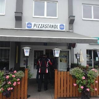 Pizzastandl_Rosental_Eingang