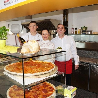 Pizzeria_Da_Daniele_Team