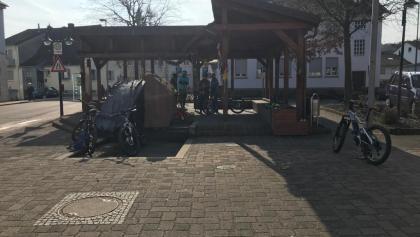 Start am Brunnen Hochspeyer Mitte