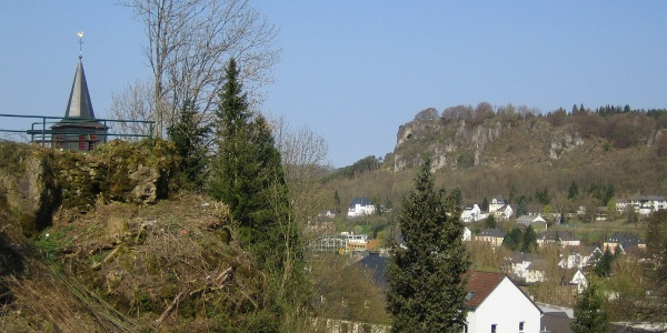 Aufstieg zur Löwenburg