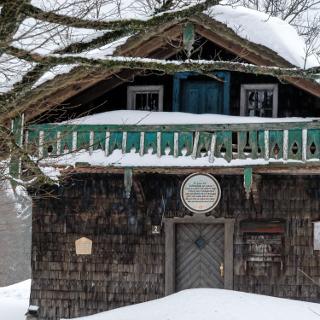 Diensthütte im Winter