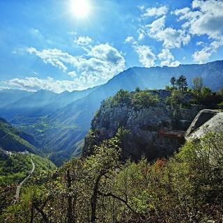 Forte Pozzacchio, macchina da guerra incompiuta nelle Valli del Leno