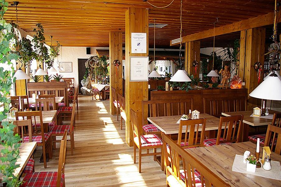 Speisesaal im Gasthaus Seeklause