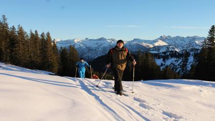 Schneeschuhwanderung mit Panorama