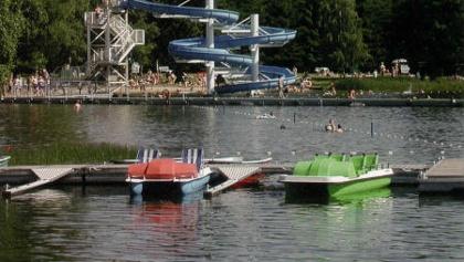 Blick über den Erzenler Teich