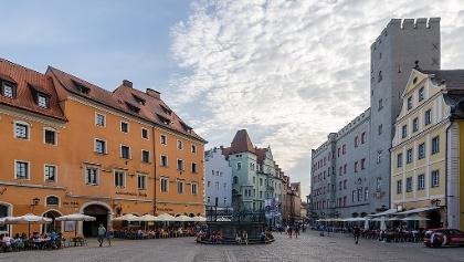 Der Haidplatz im Herzen der Regensburger Altstadt