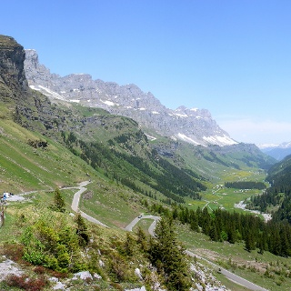 Blick vom Klausenpass auf die Alp Urnerboden