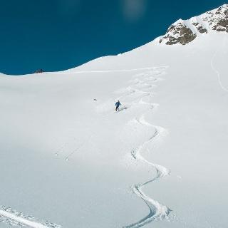 Tiefschneekurs und Skitourenwoche Heidelberger Hütte