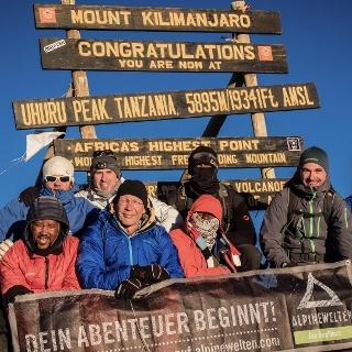 Mount Meru und Kilimanjaro über die Machame Route
