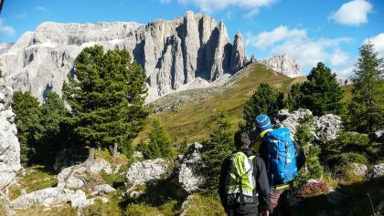 Wandern Im Banne der Dolomiten