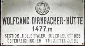 Wolfgang-Dirnbacher-Hütte, Hüttenschild