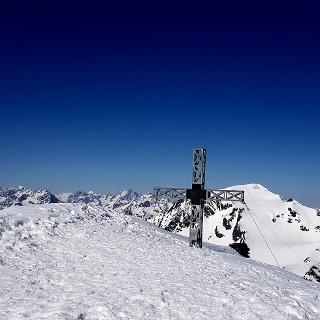 Geräumiger Gipfel