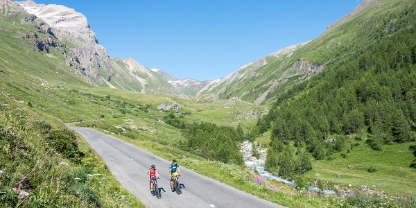 Route des Grandes Alpes: the most beautiful alpine cycling adventure