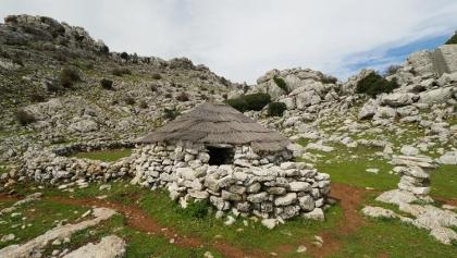 Die rekonstruierte Hirtenhütte Majada del Fraile