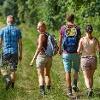 Wanderer auf dem Panoramaweg im Lieblichen Taubertal