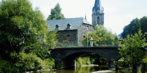 Brigde in Neumagen-Dhron