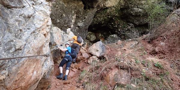Einstieg zur Höhle am Gaislochsteig