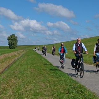 Radtour am Deich in Varel-Dangast