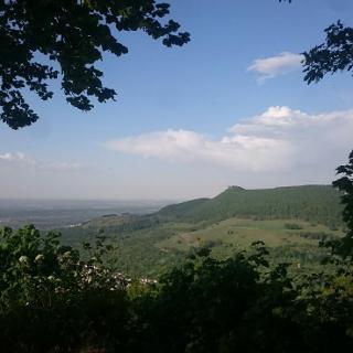 Brucker Fels, Ausblick auf Burg Teck
