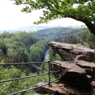 Blick von der Brückenklippe auf die Zschopau