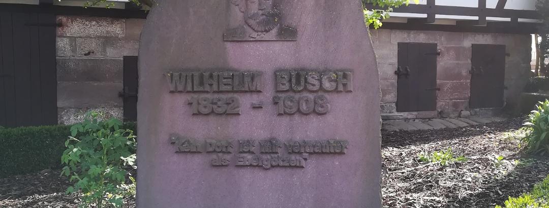 Wilhelm-Busch-Denkmalstein an der Mühle