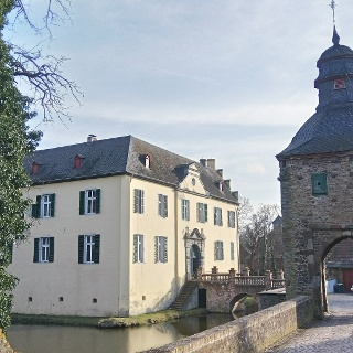 Burg Morenhoven. Foto: Effern